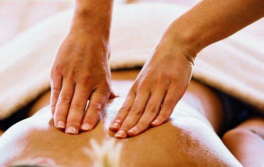 Лечение остеохондроза позвоночника при помощи массажа