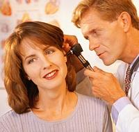 Хвороби і травми можуть стати причиною придбаної глухоти