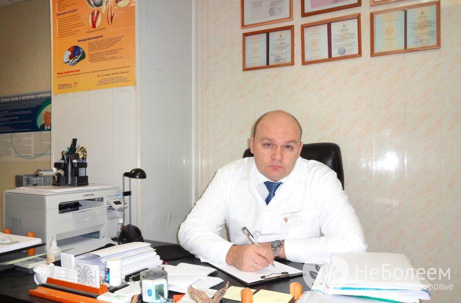 v-russkuyu-devushku-konchayut-po-ocheredi
