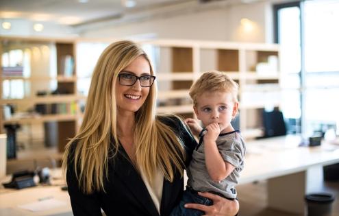Деловая мама: проблемы и пути их решения