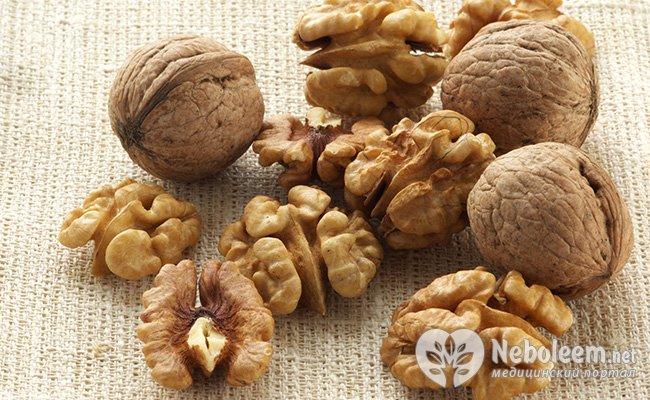 5 волоських горіхів - +7 років життя