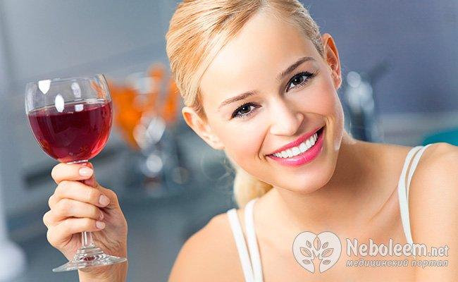 После медицинских экспериментов выяснилось, что «Легкий способ» эффективен и для людей, страдающих алкоголизмом, в