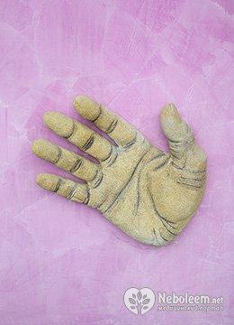 Почему болит безымянный палец на правой руке
