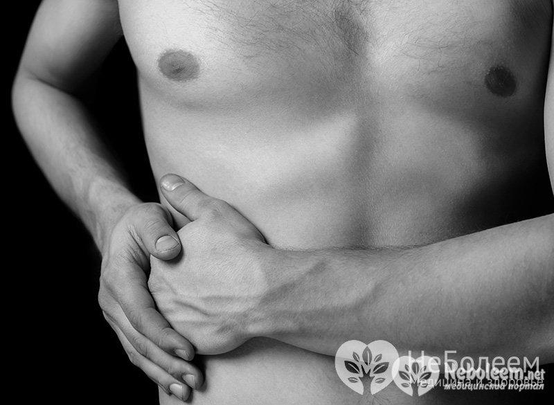 Давящая боль в грудине отдает в спину