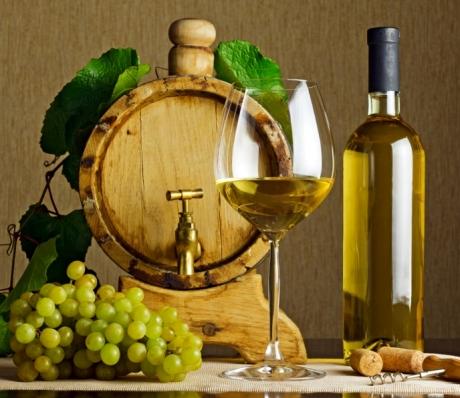 Вино в домашних условиях из белого винограда