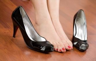 11 основных причин отечности ног