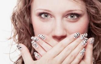 7 доступных средств против плохого запаха изо рта