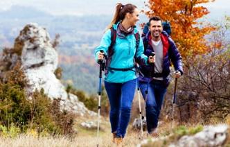 5 причин заняться скандинавской ходьбой