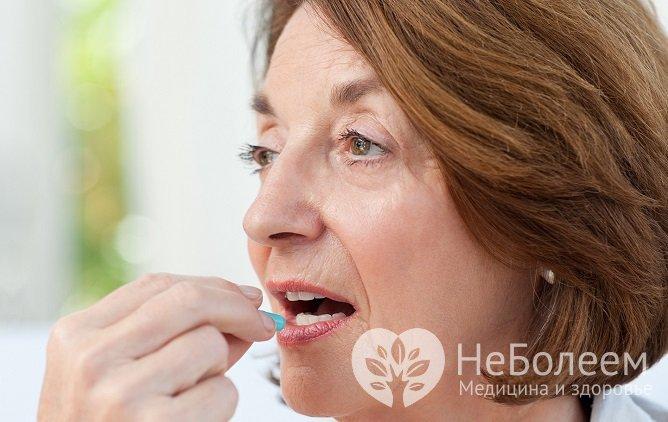 Заместительная гормональная терапия, назначаемая для компенсации симптомов климакса, имеет как плюсы, так и минусы